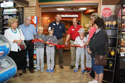 ribbon cutting knightstown for loves