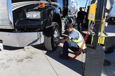 Love's tire tech help with TirePass