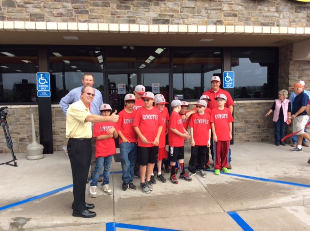 Baird, Texas, ribbon cutting