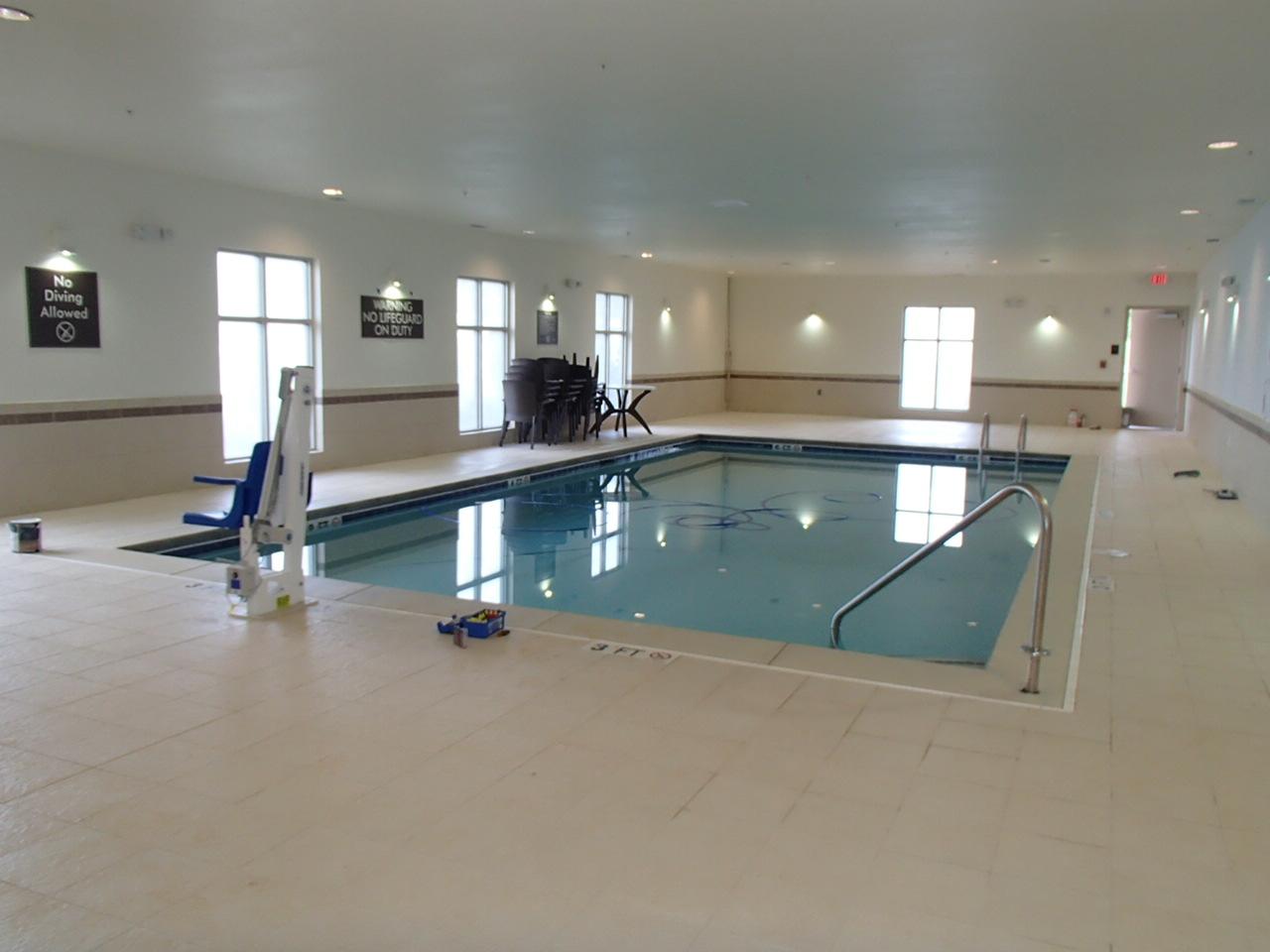 Sleep Inn Emerson Georgia swimming pool