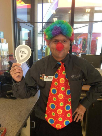 Love's manager Andy clown for CMNH