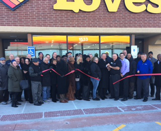 ribbon cutting for south holland loves