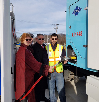 cng fueling demonstration