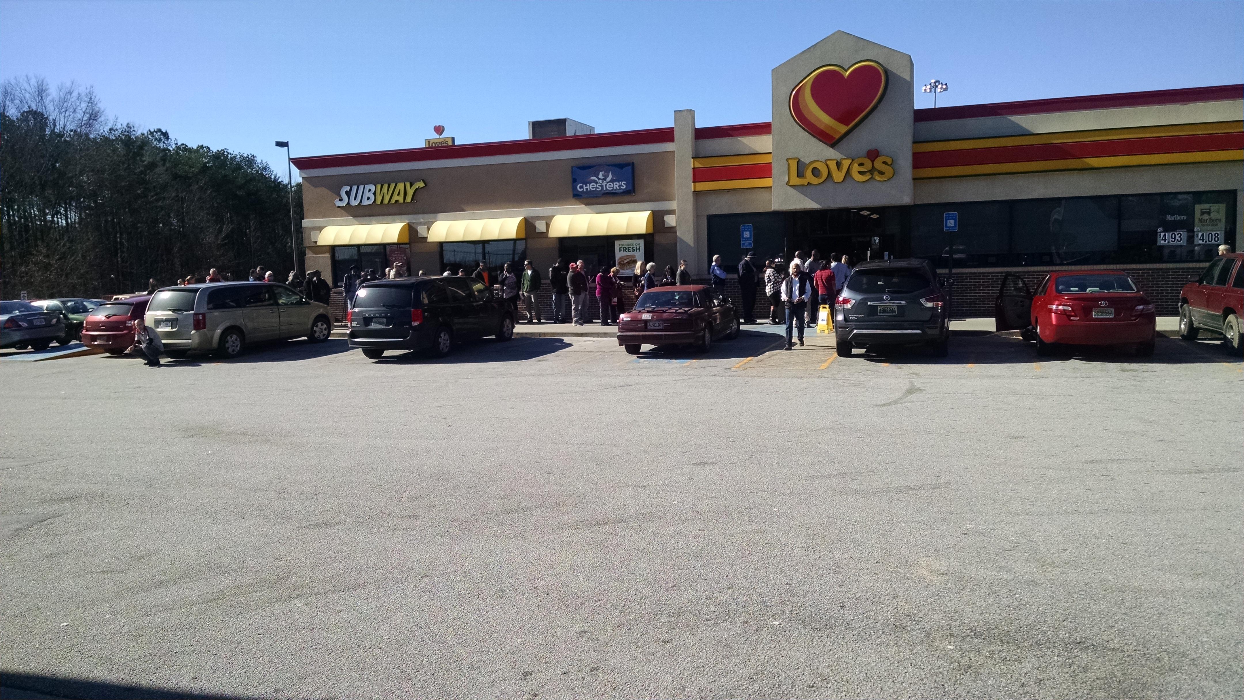 People buying Powerball at Love's