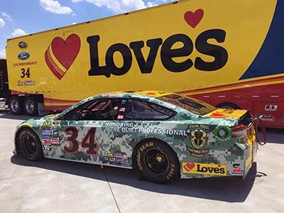 Daytona Loves military themed race car