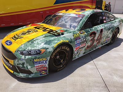 Daytona Loves military themed race car