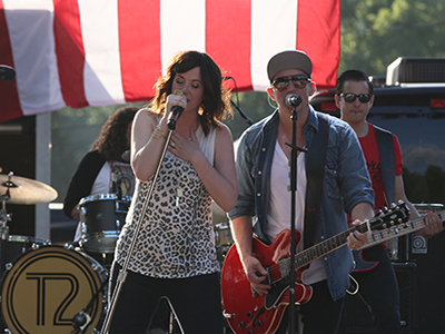Thompson Square plays at Camp Nash