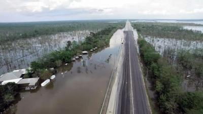 Louisiana flooded road 2016