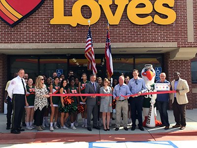 loves reopens in gulfport