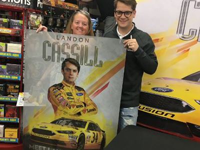 landon cassill greet loves customers