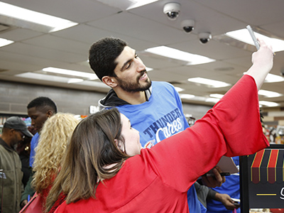 kanter takes selfie with basketball fan