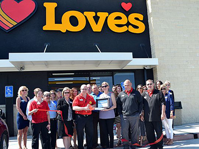 ribbon cutting at Love's in South Hutch
