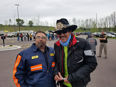 richard petty stops at loves travel stops