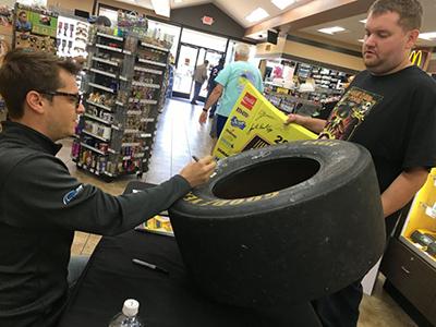 landon cassill signs tire