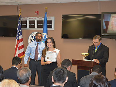 new us citizen receiving certificate