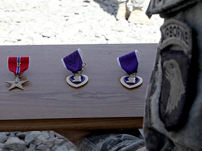 purple heart and bronze medal of valor