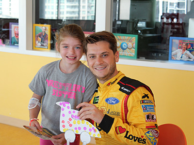 young nascar fan meets landon cassill