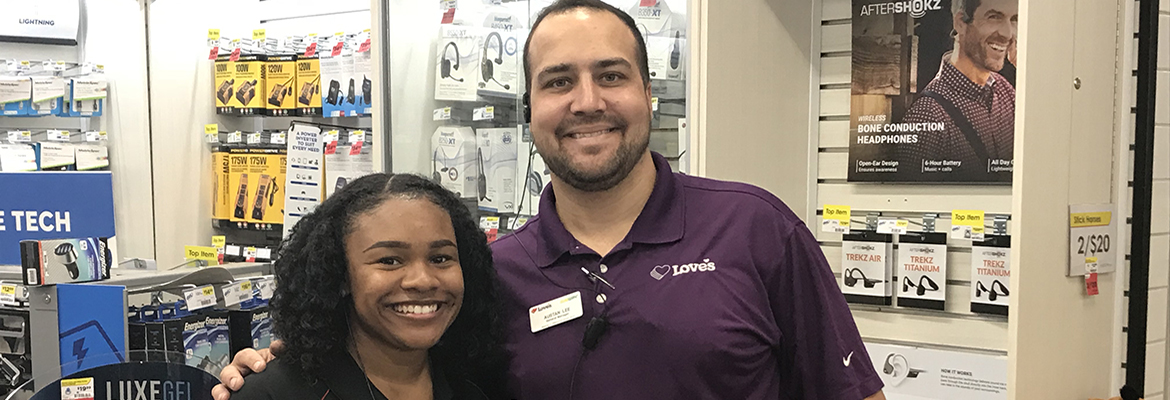 loves truck stop intern and manager in oklahoma store